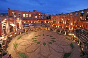 La peculiaridad y encanto del Hotel Quinta Real Zacatecas en México, radica en que sus instalaciones están en lo que era antes una plaza de toros